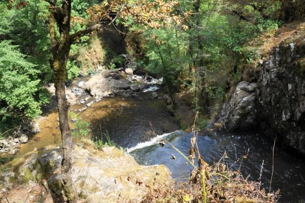 Cascades de Murel de eerste waterval vanaf boven gezien
